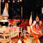 พระราชพิธีสถาปนาสมเด็จพระญาณสังวร สมเด็จพระสังฆราช สกลมหาสังฆปริณายก ณ พระอุโบสถวัดพระศรีรัตนศาสดาราม วันศุกร์ที่ ๒๑ เมษายน พุทธศักราช ๒๕๓๒