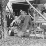 ๒๘ กันยายน ๒๕๓๓ เสด็จเป็นองค์ประธานเปิดเทศน์มหาชาติคำหลวงและทรงปลูกต้นไม้ ณ พุทธมณฑล
