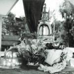 พระบรมสารีริกธาตุและพระอรหันตธาตุ ประดิษฐานในมณฑป ณ วัดพระแก้วมรกตจำลอง กรุงพนมเปญ ประเทศกัมพูชา
